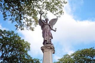 Statue of an angel (DSCF1514)