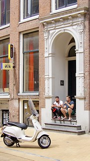 Hanging out on Brugstraat
