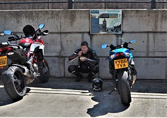 Lunch With The Bikes. (ManOfYorkshire) Tags: yy66tva bikes biker motoribikes eating lunch dinner snap food break snack shade wall seafront scarborough northyorkshire