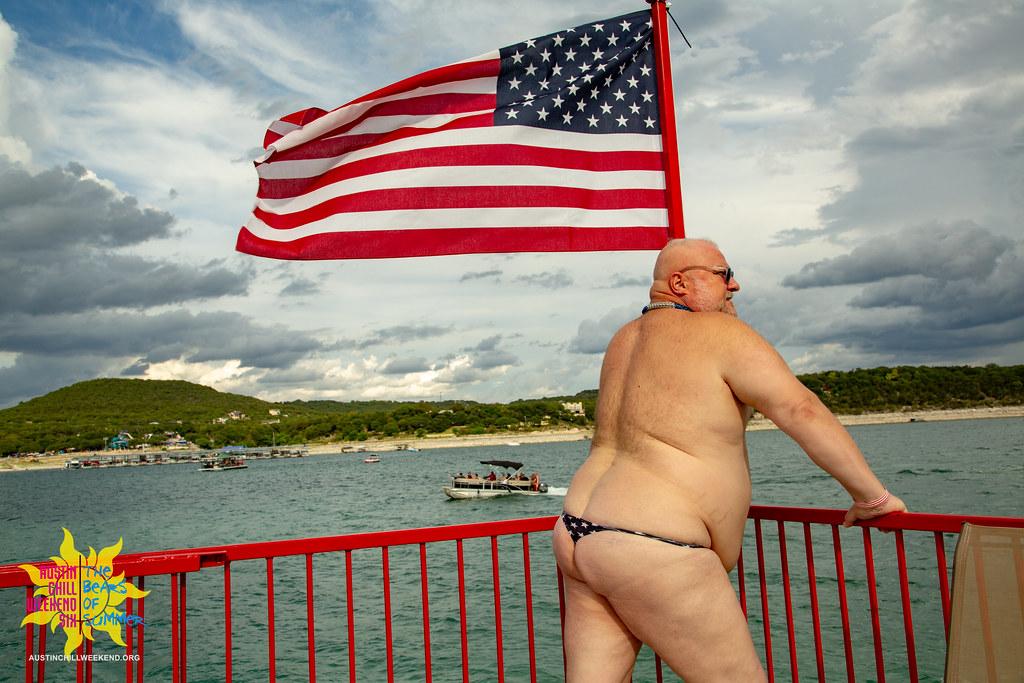 Chubby gay bottom