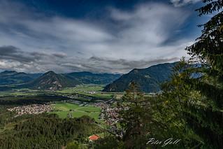 Österreich Tirol - Ausblick von der Kanzelkehre beim Achensee auf Wiesing