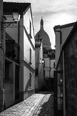 Montmartre morning (www.chriskench.photography) Tags: france cobblestones sacrecoeur monochrome paris travel xt2 blackandwhite europe bw cities 18135 wwwchriskenchphotography fujifilm light fr