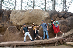 _DSC6656 (Quyr) Tags: dalat vietnam green smoke frog cloud tree forest langbiang lamdong portrait thunglungvang duonghamdatset