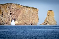 Trou du Rocher Percé (Luc Jacob) Tags: gaspésie lieux nature vacance vacances villes voyage voyages