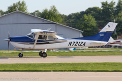 N721ZA - 2004 build Cessna 182T Skylane, arriving on Runway 27 at Oshkosh during Airventure 2018 (egcc) Tags: 18281439 182t airventure airventure2018 ce182 cessna cessna182 eaa kosh lightroom n65374 n721za osh oshkosh skyvuflyers skylane