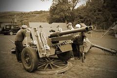 The British 25 Pounder Field Gun (big_jeff_leo) Tags: yorkshire uppermill reenactment artillery gun ww2 secondworldwar