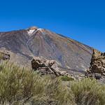 Mount teide and rocks thumbnail
