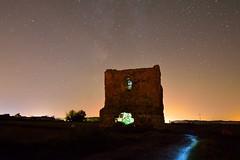 CAMINO AL TORREON (alfredo2057) Tags: alfredo azul autopista atalaya senderismo noche nikon luz largaexposicion linterna navarra nocturna pueblo peralta color cielo estrellas ventanas campo casa castillo