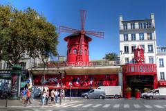 Moulin Rouge (vampire-carmen) Tags: moulinrouge architektur architecture urban strassenszene streetscene verkehr traffic paris frankreich france europe hdr canoneos600d nachtclub nightclup revue ሙላቀይ rotemühle مولانروج մուլենռուժ মৌলিনরুজ муленруж 紅磨坊 红磨坊 მულენირუჟი μουλένρουζ મોઉલિનરગ מולןרוז मौलिनरूज ムーランルージュ ಮೌಲಿನ್ರೂಜ್ ម្លប់ក្រហម 물랭루주 മൗലിൻറൂജ് मुलीनरौग مولینروج مولنروژ ਮੌਲਿਨਰੂਜ моулинроуге مولينجوج මූලාන්රූජ් molinorojo மவுலின்ரூஜ் మౌలిన్రూజ్ مولنراج punainenmylly redmill muileanndearg rauðurmylla mulinorosso រោងម៉ាស៊ីនកិនក្រហម ໂຮງສີແດງ raudonasismalūnas रातोमिल rodemolen czerwonymłyn moinhovermelho moarăroșie краснаямельница rödkvarn ڳاڙھوملندو máyxayđỏ melincoch โรงสีแดง రెడ్మిల్లు சிவப்புமில் ruĝamuelejo κόκκινομύλο წითელიწისქვილი レッドミル mulliikuq ቀይተክል կարմիրգործարան