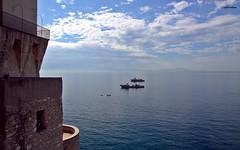 scorcio (Alf@cetara - Galano A.) Tags: mare cetara costiera amalfitana barche torre sea