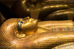 sarcophage égyptien en or (harakis picture) Tags: egyptian egypt gold sarcophagus sony a7 extraordinarilyimpressive contactgroups greatphotographers