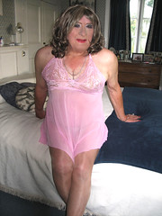 Ritapnktdysit (fionaxxcd) Tags: transvestite tranny trannie crossdresser crossdressing gurlboi m2f mtf pinkteddy curlsmbust thighs ladyboi