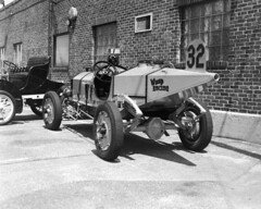 Crown_Graphic_082718_03 (Mark Dalzell) Tags: graflex grown graphic 4x5 rangefinder camera bw black white dick shappy classic cars 1911 marmot wasp rear tail cone ansco expired