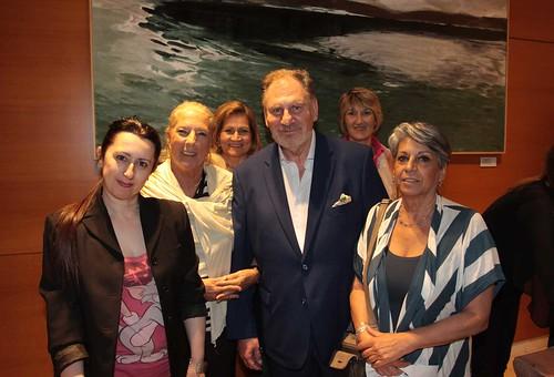 13.Ο Costantino Salis αγκαζέ με την Luisiana Ferrante, Πρόεδρο της Comites Grecia (Ένωση Ιταλών Εξωτερικού) και μέλη της ένωσης.