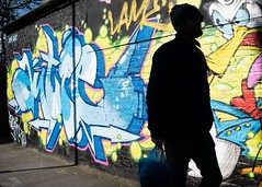 Adventures in Art (XBeauPhoto) Tags: feb2018 london candid citylife eastend streetphotography urban street art streetart streetphoto shadowplay shadow silhouette