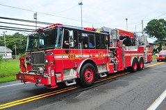 Third District Volunteer Fire Company Tower Ladder 14 (Triborough) Tags: pa pennsylvania buckscounty croydon tdvfd thirddistrictvolunteerfirecompany firetruck fireengine ladder towerladder tower towerladder14 ladder14 seagrave