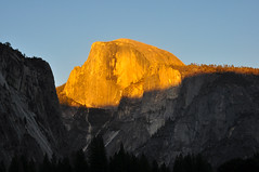 Half Dome (Darren Shannon) Tags: darrenshannon nikond90 70mm yosemitevalleycalifornia yosemitevalley california yosemitenationalpark yosemite nationalpark nationalparkservice cooksmeadow halfdome sept72018