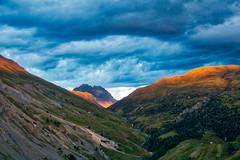 tempesta in montagna (lotti roberto) Tags: livigno montagna mountains scenic scenary valley ridge storm fav25 fav50 fav75 fav100 fav125