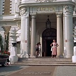 Grace Kelly, Outside Carlton Hotel, To Catch a Thief, 1955 thumbnail