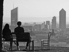 Sur les hauteurs de Lyon (Différents Regards - Fred Banchet) Tags: lyon ngc noirblanc blackwhite paysage landscape ville matin urbain
