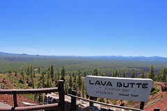 Lava Butte sign (daveynin) Tags: newberry volcanic oregon elevation overlook sign