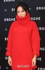 gong-hyo-jin94 (zo1kmeister) Tags: turtleneck sweater chinpusher