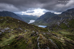 View From Llyn Clyd (EXPLORED) (MDJL Landscapes) Tags: snowdonia nationalpark ogwenvalley llynidwal llynogwen llynclyd glyderau tryfan penyrolewen mountain clouds heather landscape nikon sigma