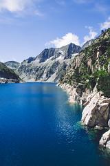 Lac de Cap de Long (dataichi) Tags: france pyrenées pyrenees pyrénées travel tourism destination nature outdoors occitanie lake blue néouvielle neouvielle shore unesco