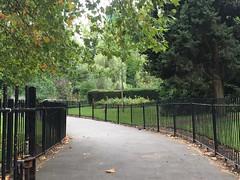 Southwark parkrun #253 (the_amanda) Tags: southwark parkrun london park 253 footpath railings