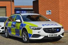 EU18 DXK (S11 AUN) Tags: essex police vauxhall insignia estate sports tourer unmarked traffic car casualty reduction anpr rpu roads policing unit 999 emergency vehicle eu18dxk