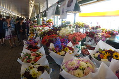 Pike Place Market (dirklie65) Tags: pikeplacemarket flowers blumen seattle