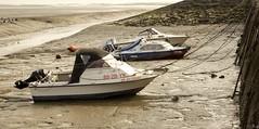 Haventje van Waarde (Omroep Zeeland) Tags: eb vloed haventje waarde westerschelde slik vissersbootjes getijdenhaventje