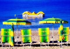 Sea Buggy yellow (Corrado Tripicchio) Tags: ombrelloni spiaggia mare pedalò giallo