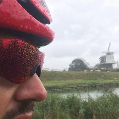 I just realized why they call it tRAINING! #3hours #wet #ridelikeafish #alpecincycling #bicyclingnl #oakleysunglasses #rainglasses #mycanyon