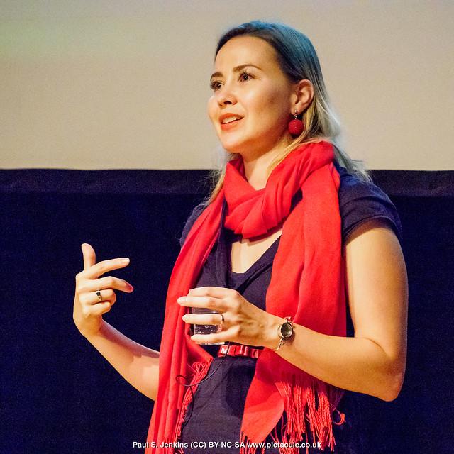 P8300216 Joanna Bagniewska at Winchester Skeptics