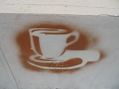953 (en-ri) Tags: stencil spray firenze wall muro graffiti writing cappuccino caffeina marrone