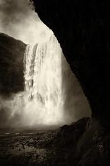 Skógafoss (Rob Shenk) Tags: europe europe2018 vacation skogafoss waterfall iceland nordic river landscape photography blackandwhite blackwhite spray