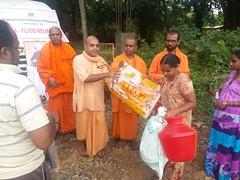 "Kerala Flood Relief (18) <a style=""margin-left:10px; font-size:0.8em;"" href=""http://www.flickr.com/photos/47844184@N02/44251950121/"" target=""_blank"">@flickr</a>"