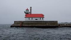 DSC09673 (puglybug23) Tags: duluth minnesota vacation travel 2018 lighthouse pier lake superior