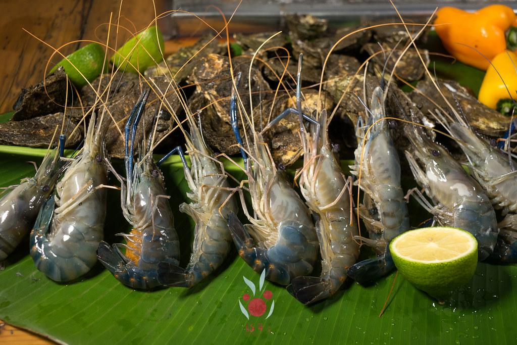 最奢華的中秋烤肉組之海鮮大集合:龍膽石斑、泰國蝦、蚵、大卷 |小農聯盟4