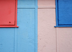 Blue and Pink  (Explore 03/09/18) (only lines) Tags: blue pink folkestone beachhuts