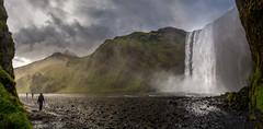 Skógafoss (Bernd Thaller) Tags: rangárþingeystra suðurland island is waterfall skógafoss water spray drizzle fog river wideangle panorama composition landscape sky grass