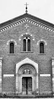 Mailand Basilica di Sant'Eustorgio bw 2