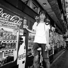 ariphoto2018_1_19 (Shinya Arimoto) Tags: bw 120 tokyo japan ariphoto 20181 snap street portrait hasselblad 903 swc biogon