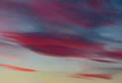 The Twilight Streaks (Steve Taylor (Photography)) Tags: streaks newzealand nz southisland canterbury christchurch northnewbrighton blur cloud sky