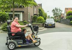 Scooter Famkes / Scooter Girls (fotofrysk) Tags: scooterfamkes scootergirls scooter girl woman street homes architecture europeancapitalofculture2018 nederlan nederland netherlands friesland fryslan leeuwarden ljouwert sigma1750mmf28exdcoxhs nikond7100 201806016341