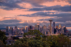 Daylight Skyline (Don César) Tags: seattle washingtonstate unitedstatesofamerica usa estadosunidos norteamerica ciudad city parque edificios buildings sunset light atardecer