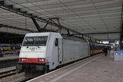 NS E 186 148 in Rotterdam Centraal Station 25-06-2018 (marcelwijers) Tags: ns e 186 148 rotterdam centraal station 25062018 91 80 6186 1483 dns trein train tren trenes treno chemin de fer bahnhof la gare nederland niederlande