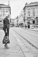 Mailand Street Donne Italiane 1 b&w (rainerneumann831) Tags: bw blackwhite street streetscene ©rainerneumann urban monochrome candid city streetphotography blackandwhite mailand milano frau donneitaliane