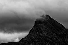 North Ridge (Neil W2011) Tags: fujifilm xt20 snowdonia tryfan monochrome blackandwhite